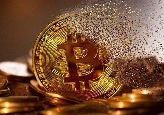 Fundstrat Issues Bitcoin Warning Ahead of (Potentially) Bearish Weekend